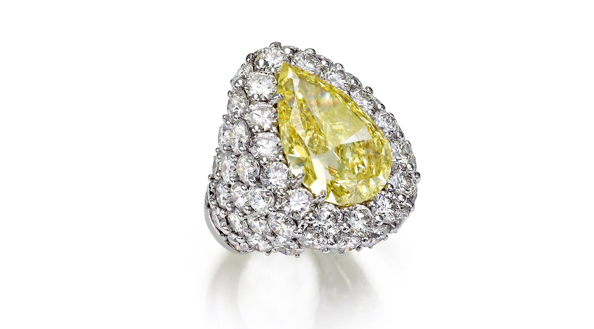anello diamanti e fancy