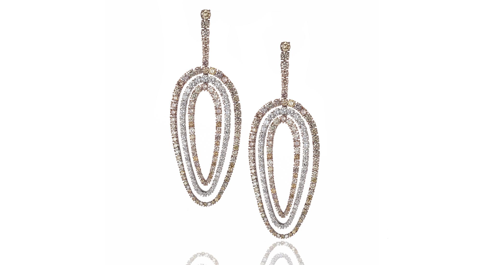 orecchini diamanti colorati