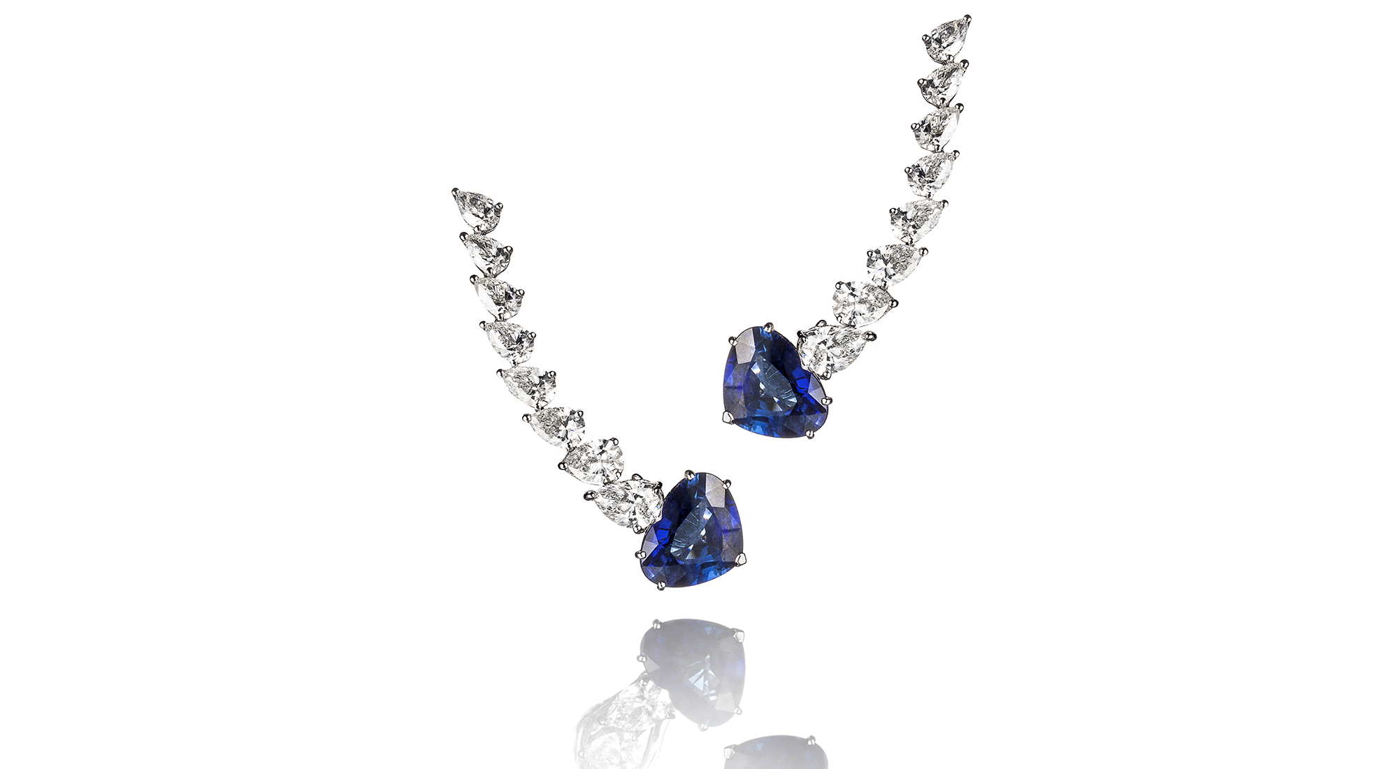 orecchini diamanti e zaffiri blu